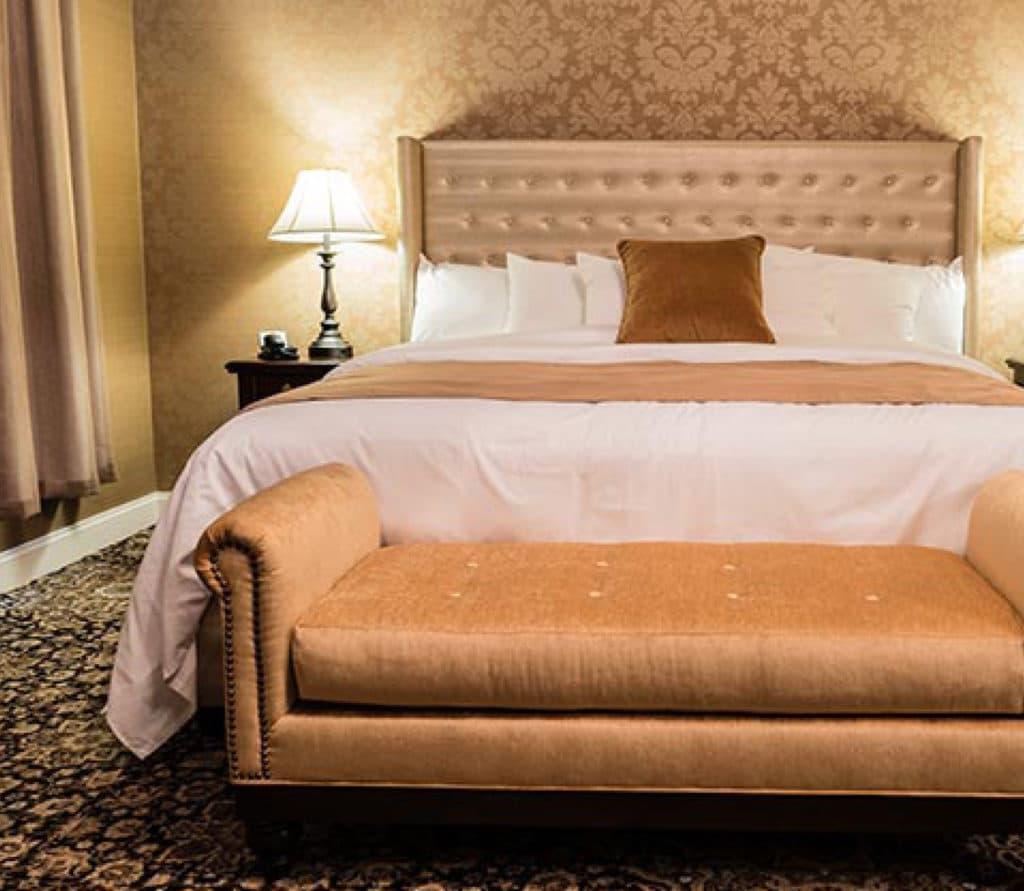 Mount Vernon Hotel Room